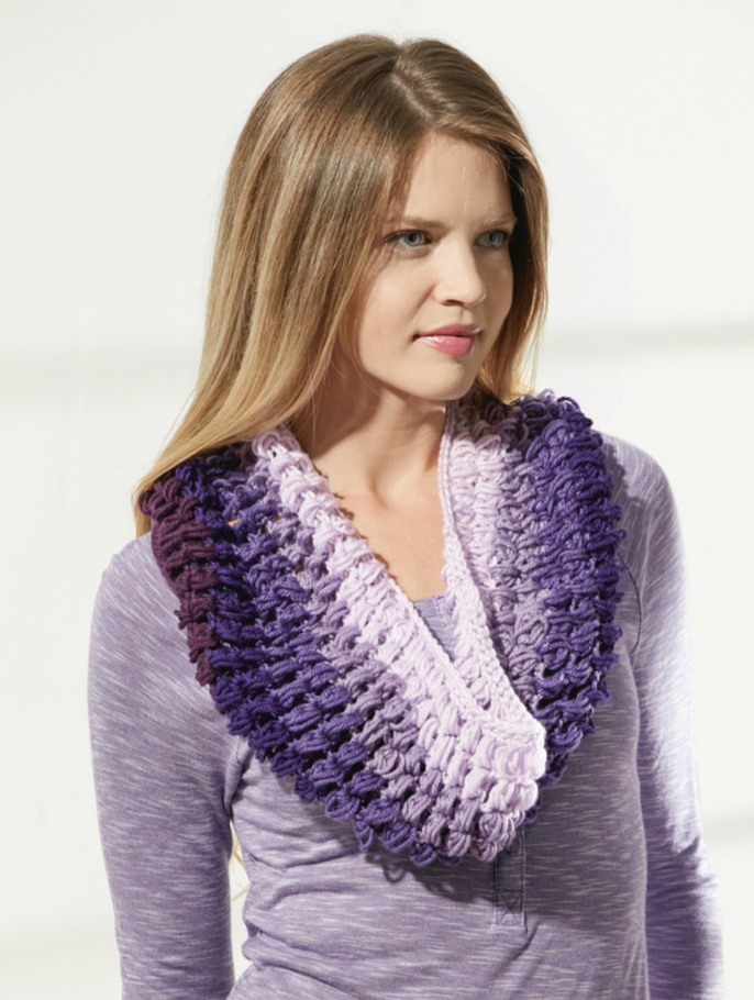 Gradient Puff Stitch Cowl